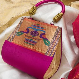 pure silk hand purse