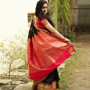 Black Colour Red Border Semi Paithani(padar view)
