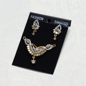 Diamond Pendant & Earrings Set of Mangalsutra (4)