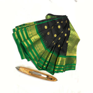 Green & Black Combination Mahalaxmi Border Paithani